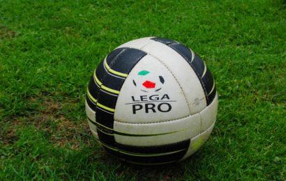 Rende riammesso in Serie C. Tre gironi da 19 squadre