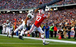 NFL-Gronk-Catch-998x624