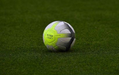 Gilet gialli, le proteste fermano il calcio francese
