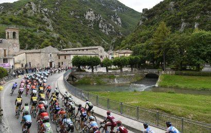 Ciclismo, l'UCI svela il nuovo calendario della stagione 2020. Giro d'Italia a ottobre