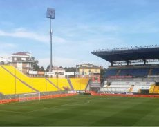 Serie A, da domenica stadi aperti. Parma-Napoli la prima partita con mille spettatori