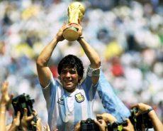 Il mondo piange Diego Armando Maradona