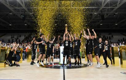 Basket, Serie A: la Virtus Segafredo Bologna batte Milano e vince lo scudetto