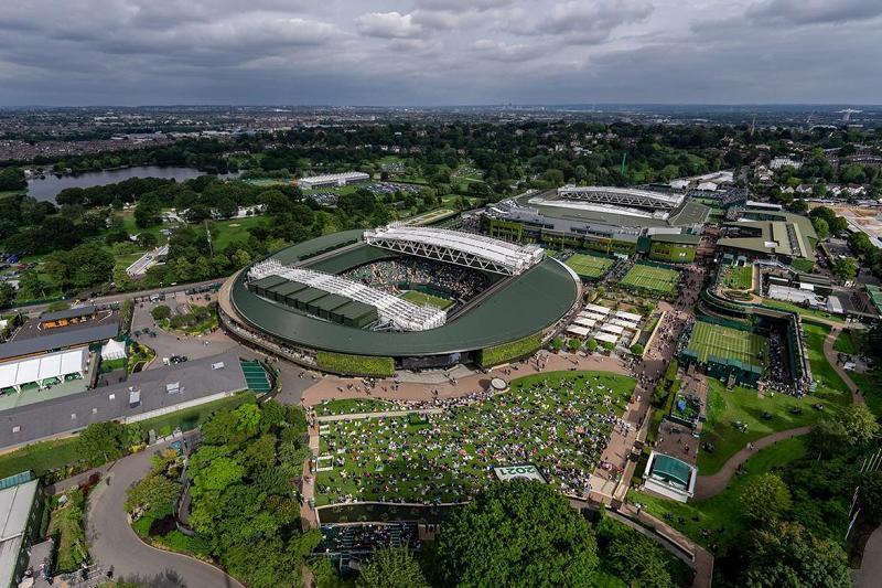Berrettini fa la storia del tennis italiano: primo azzurro in finale a Wimbledon. I premi del torneo